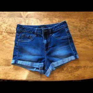 Denim Shorts  *super stretchy*